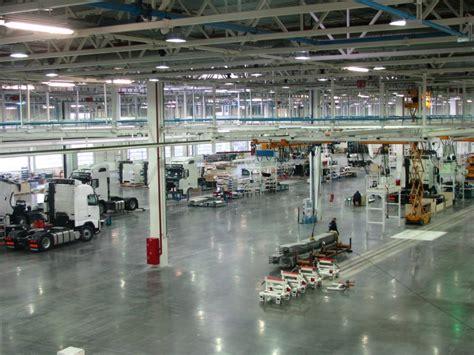 volvo truck assembly plant  trucksyear