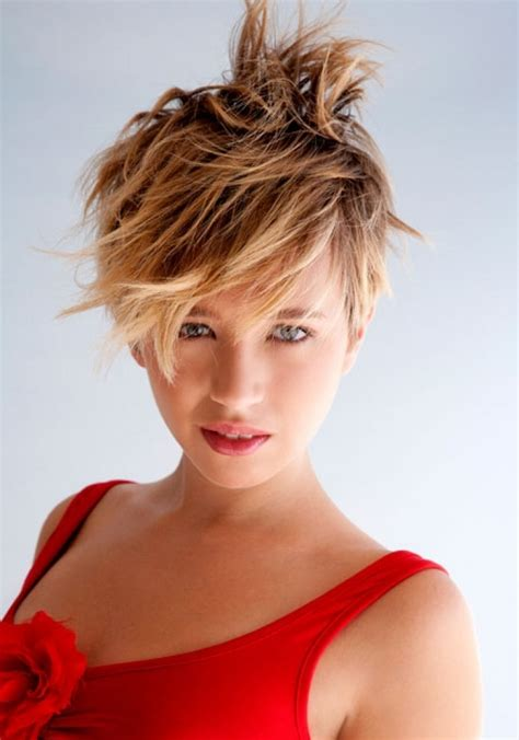 Flippige Frisuren by Medium Haircuts With Bangs Funky Hairstyles