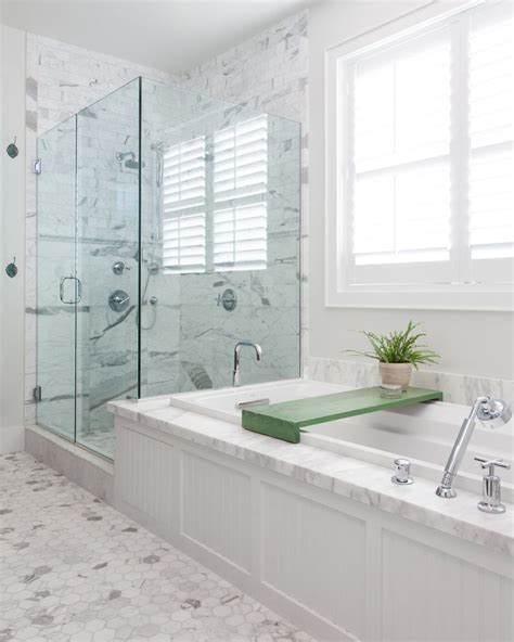 Glass Treatment For Shower Doors 1000 Ideas About Bathroom Shower Doors On Bathroom Shower Enclosures Bathroom
