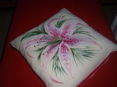 fiori da dipingere su stoffa la natura per hobby pittura su stoffa