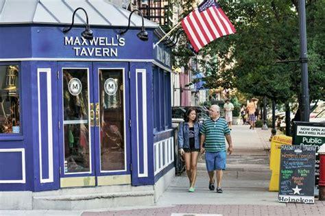 maxwells tavern maxwell s tavern in hoboken nj hoboken nj pinterest