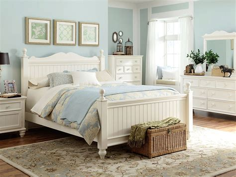 White Seaside Bedroom Furniture by Cottage Bedroom Idea Furniture House