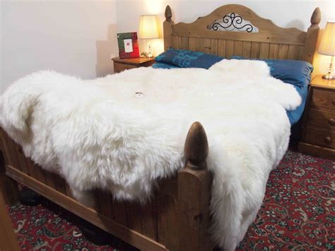Armchair Psychology Definition by Sheepskin Comforter 28 Images Ivory White Sheepskin Fur Blanket Throw Fursource Faux Suede
