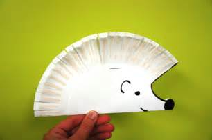 Hedgehog Paper Plate Craft - underground animal sunflower storytime