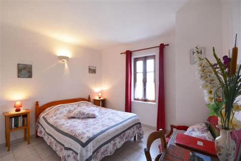chambre hote vaucluse chambre d h 244 tes n 176 84g1288 224 puymeras vaucluse