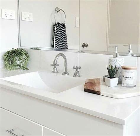 bathroom styling ideas best 25 bathroom towel display ideas on towel