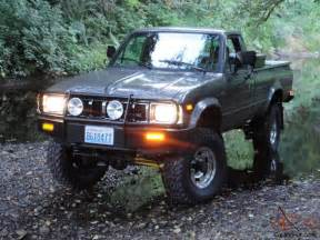 1983 toyota 4x4 sr5 long bed pickup hilux 22r arb low