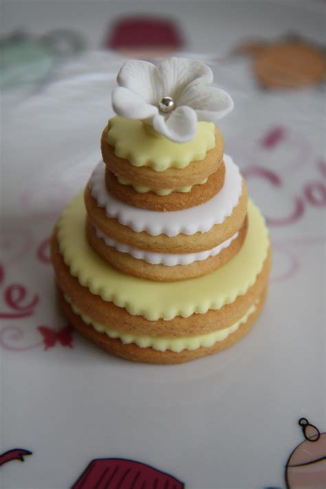 Wedding Cake Cookies by 301 Moved Permanently