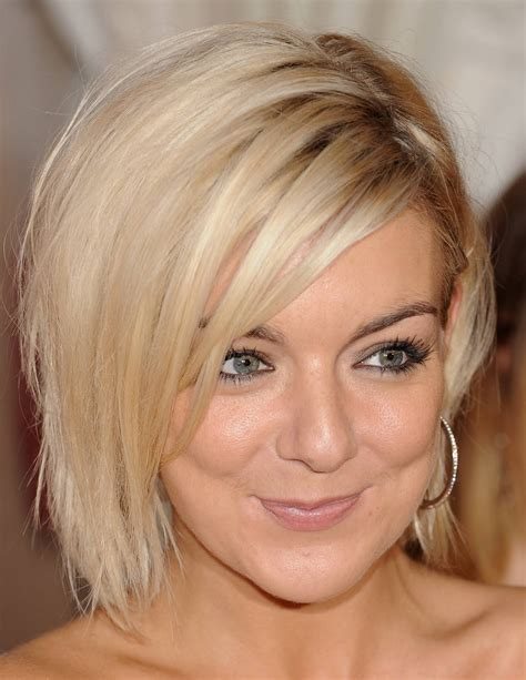 lovely medium bob hairstyle 2019