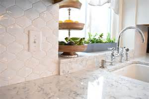 lg hausys viatera quartz featured project adorned homes