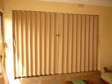 Accordian Blinds pvc folding doors dubai dubai furniture