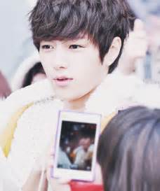 Kpop Infinite Handphone 1 l infinite k pop myungsoo image 721977 on favim