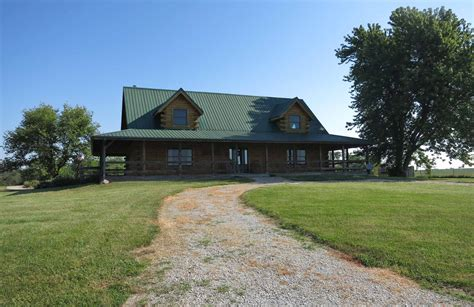 log home for sale immaculate log home on 11 acres m l in nw missouri log homes and cabins united country cabins