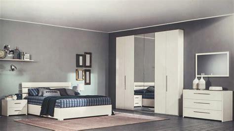 specchio da letto moderni specchi moderni da letto