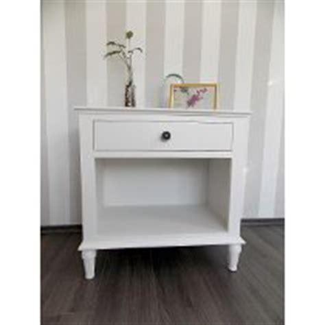 buro vintage mesa de noche color blanco antiguo - Laras Para Buro Vintage