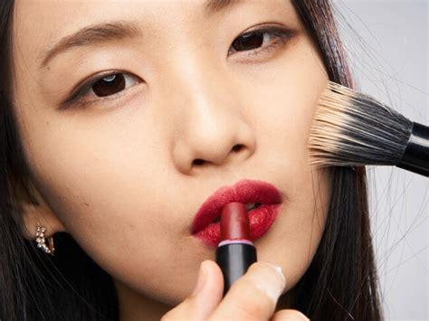 Makeup Di Jepang kepincut makeup ala wanita jepang cari tahu karakteristik makeupnya di sini