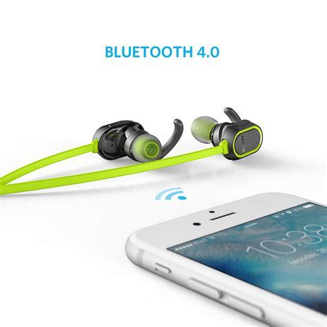Anker Soundbuds Sport Earbuds Bluetooth Hijau A32330m1 headset anker soundbuds sport in ear bluetooth 4 0 ipx4
