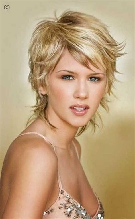 25 best ideas about short layered hairstyles on pinterest 2018 popular short shaggy layered haircut