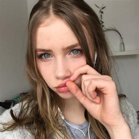 beautiful blue eyes brunette girl selfie untitled image 2903379 by loren on favim com