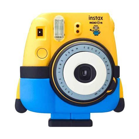Kamera Fujifilm Instax 8 jual fujifilm instax mini 8 minion kamera polaroid harga kualitas terjamin blibli