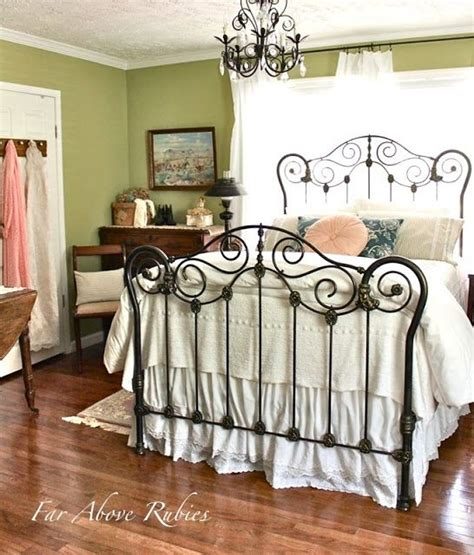 spray paint metal l shade 1000 ideas about painted iron beds on