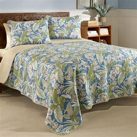 tommy bahama coverlets tommy bahama key largo place quilt set from beddingstyle com
