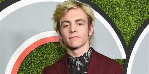 ross lynch hair color ross lynch changes his hair color to black we so