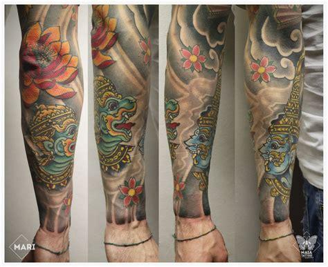 fiore di loto tatuaggio giapponese maia tatuaggio in stile giapponese ornamentale su
