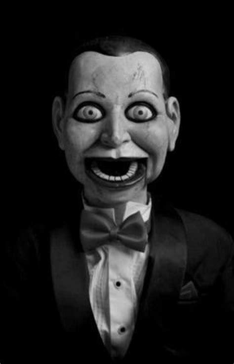 Conheça os cinco bonecos mais assustadores do cinema