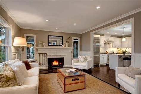 stunning living rooms 23 stunning living rooms with crown molding page 2 of 5