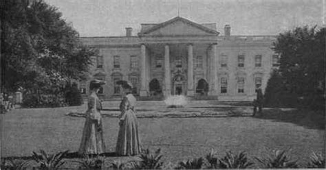 where was the original white house first white house images