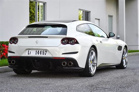 white gtc4lusso arrives at of island