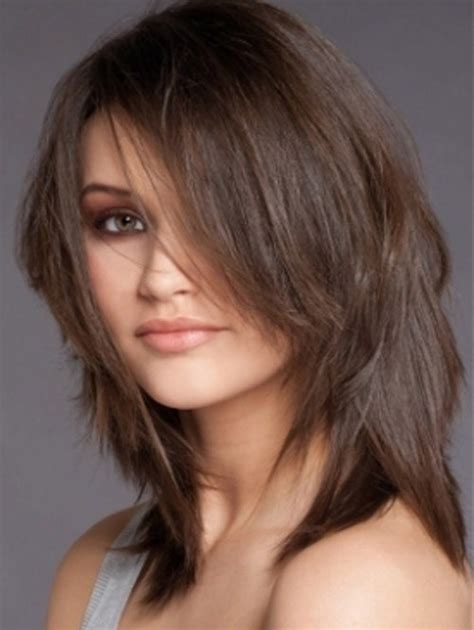 hairstyles for women thinning hair on top short