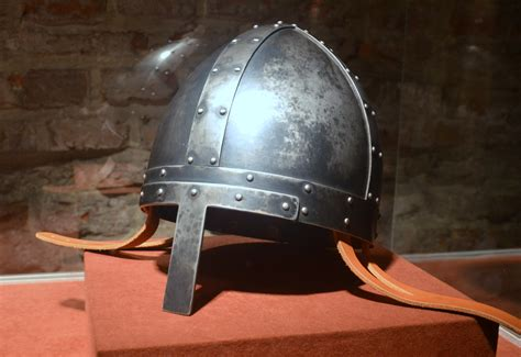 file 0922 spangen helmet from 10th 12th c norman style
