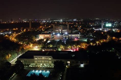 Indian School Of Business Evening Mba by 10 Things That Make Isb Special Insideiim