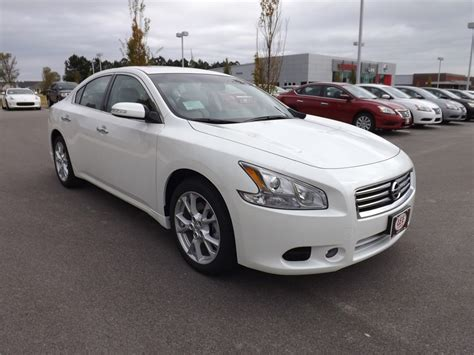 white nissan maxima 2014 2014 maxima www imgkid com the image kid has it