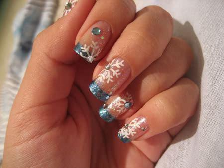 snowflake pattern for nails snowflake nail designs nailspedia