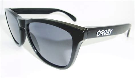 Caterpillar Frogskin Black Ujung Besi oakley s frogskins 24 306 cat eye polished black frame grey lens sunglasses ebay
