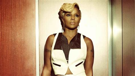 mary j blige 2015 concert mary j blige is hitting the road in 2015