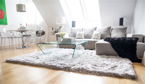 dekorieren mit rindsleder teppich teppich wohnzimmer downshoredrift