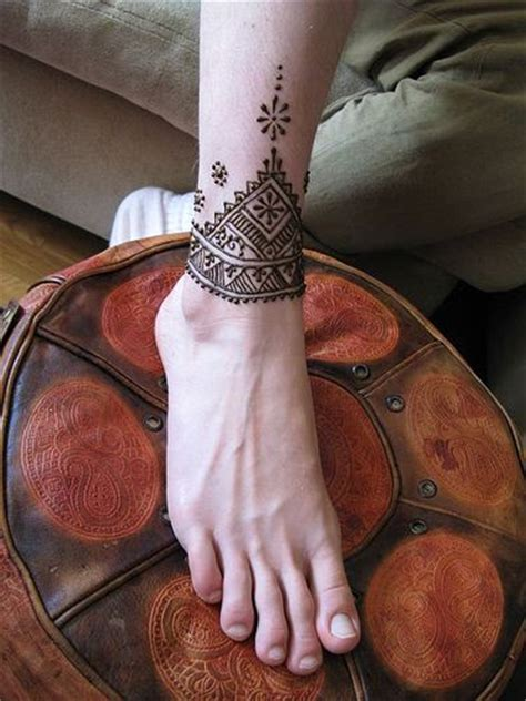 henna tattoo on foot tumblr best 25 ankle henna ideas on henna