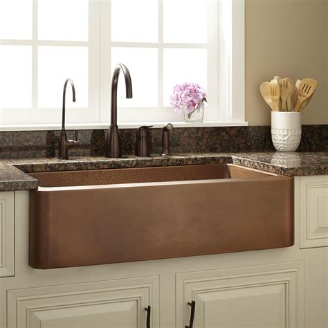 Kitchens With Farm Sinks 36 Quot Raina Copper Farmhouse Sink Kitchen