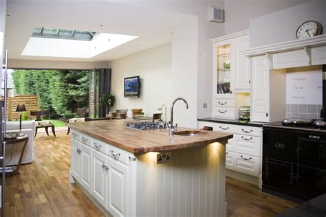 A Truly Delicious Kitchen Extension   Apropos Conservatories