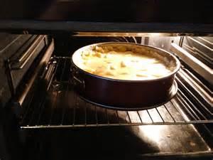 kuchen backofen apfelkuchen mit vanillepudding nadines
