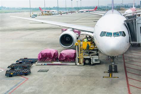 dnata taps ibm  air cargo blockchain pilot coindesk