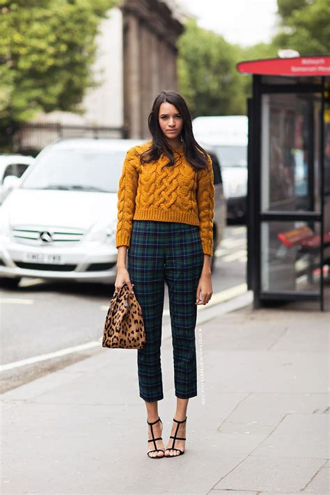 the trendy chick what s the difference plaid vs gingham cropped sweaters outfits 15 ways to wear cropped sweaters