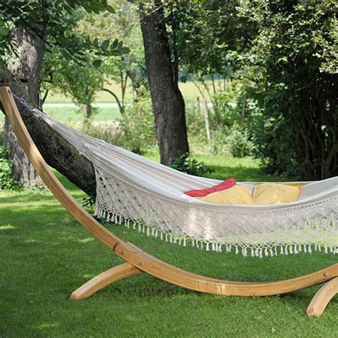 Backyard Creations Hanging Hammock Hanging Garden Seats And Hammocks