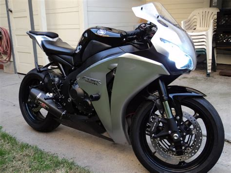 honda cbr for sell my 2008 honda cbr 1000rr sadly i must sell her any