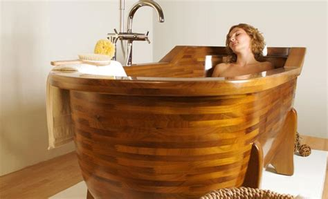 How To Make Wooden Bathtub by 20 Modern Wooden Bathtubs Design Freshnist