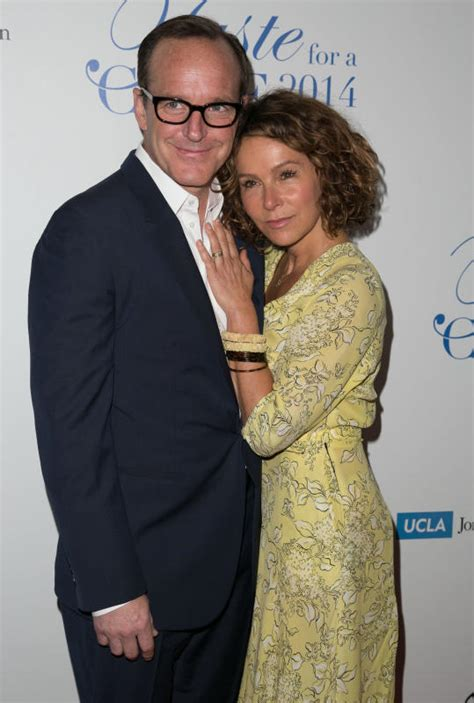 clark gregg married jennifer gray 13 celebrity couples you didn t know were together page